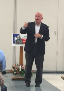 Rep Kevin Brady taking questions from audience menbers at the Sam Houston Tea Party Town Hall meeting.